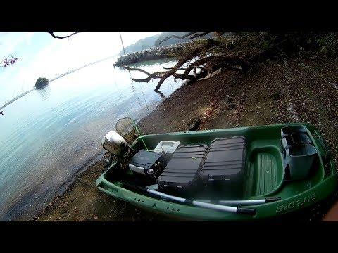 アルバイトしてお金を貯めて買った小舟で遊んで食べて海辺で露天風呂沸かして入ったよ!