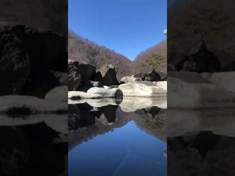 日光足尾の温泉、かじか荘の露天風呂です。